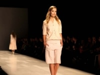 pink-tartan-runway-40