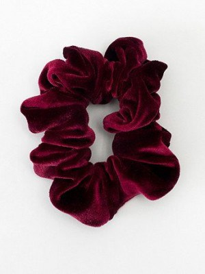 american apparel scrunchie 300x400 Six Perfect Scrunchies to Give You Cressida Bonas Style