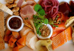 Toronto's Food Hits (& Misses) of 2014