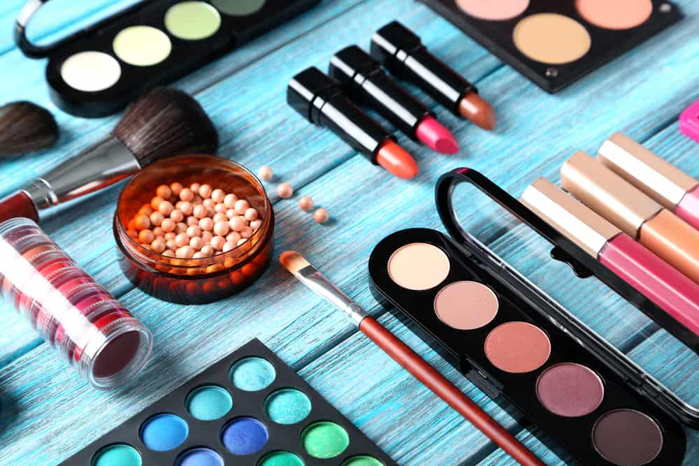 Broke Girl's Guide to Feeding a Makeup Addiction