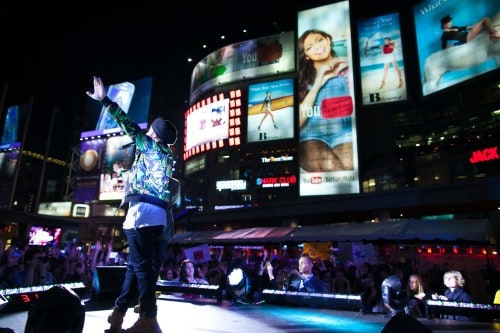 JusReign performing at YouTube FanFest in Yonge-Dundas Square