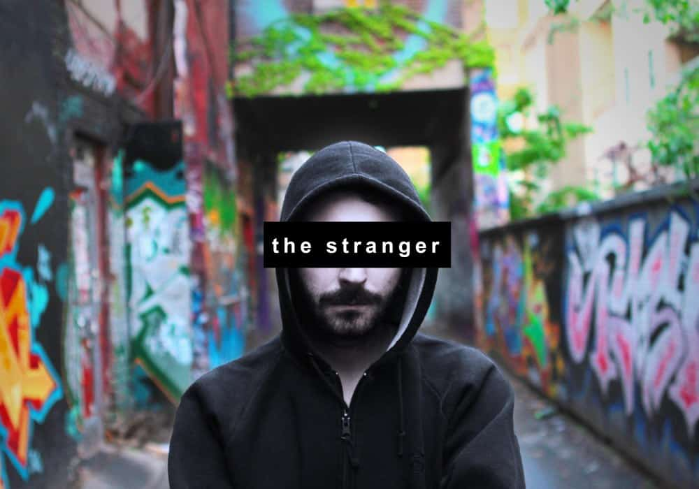 Immerse Yourself In The City With 'The Stranger'