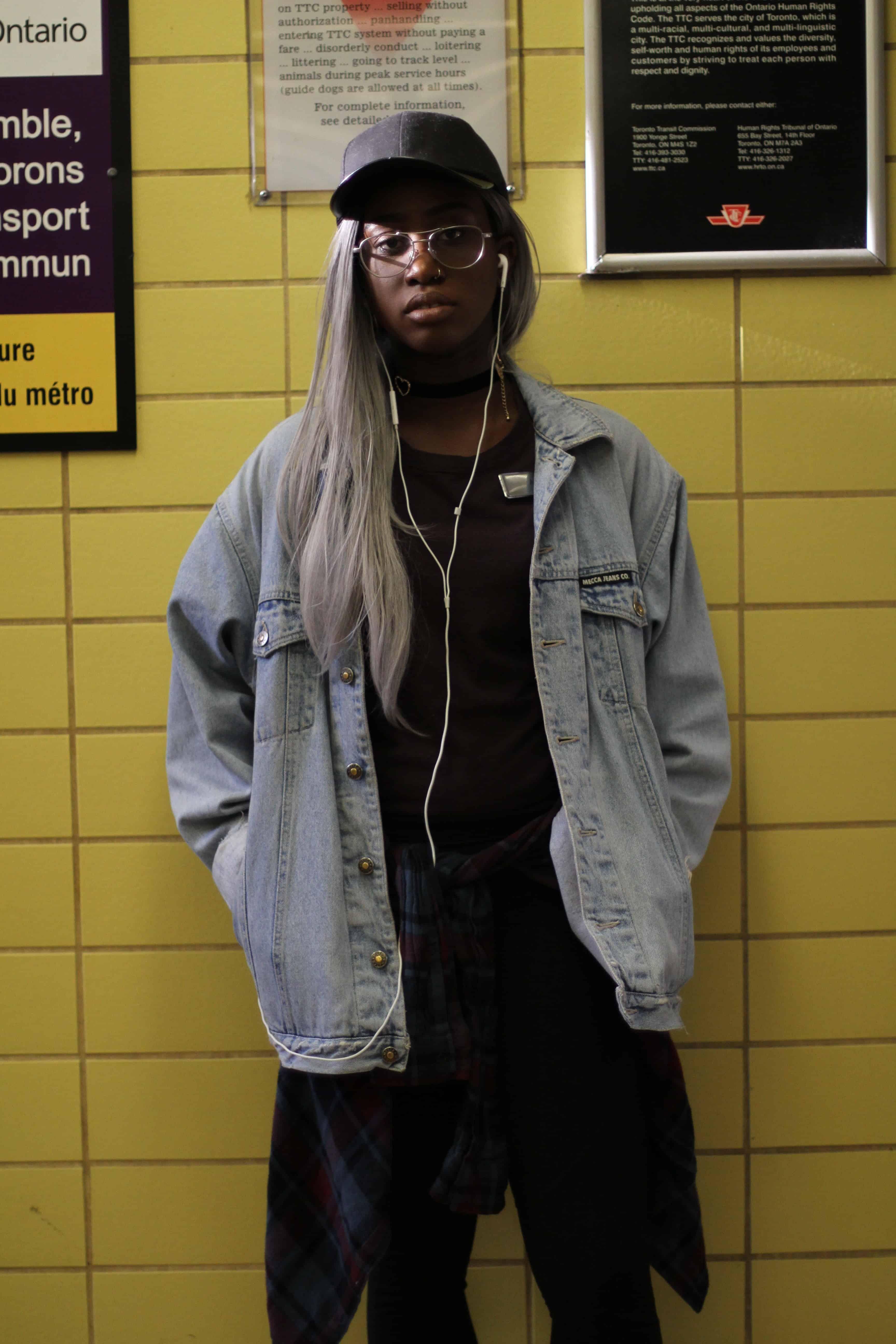 Street Style: Subway Stories - Dundas