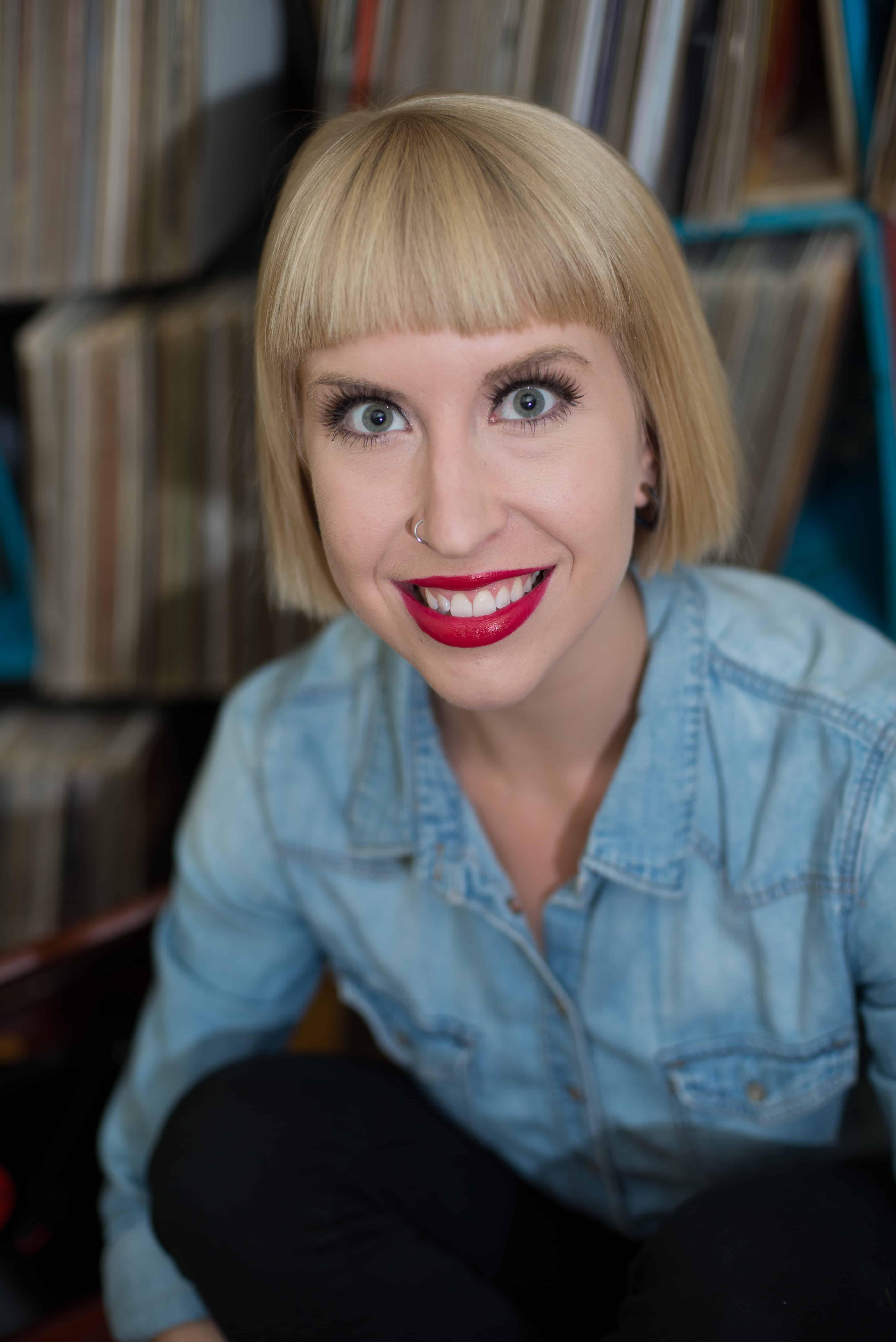 Gianna Michaels Closet POV Blowjob Tugjob Facial | Горска Вода