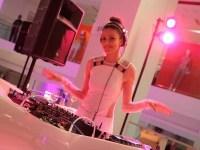 holt-renfrew-at-fashion-week-party-27