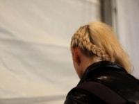 laura-siegel-run-crowd-backstage-44