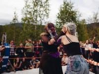 25league-of-lady-wrestlers